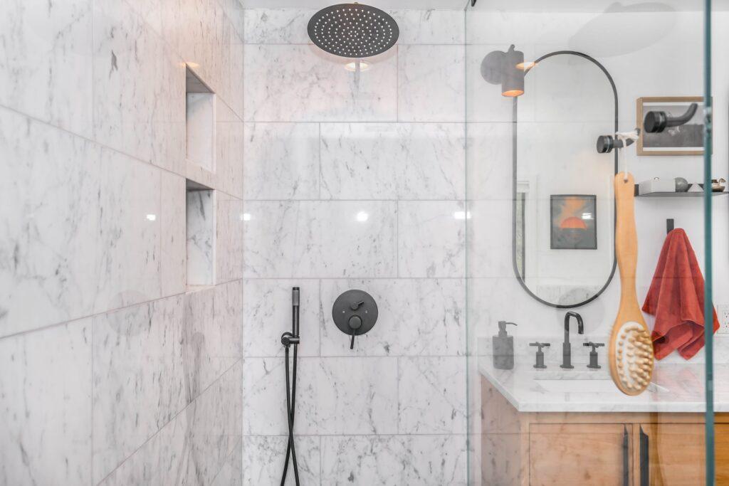 baterie prysznicowe do łazienki