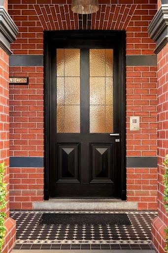 drzwi wejściowe, montaż drzwi